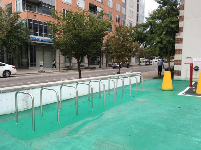 34th and Chestnut Lot bike rack