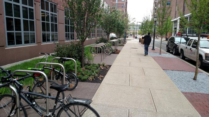 bike rack in front of Clinical Research Building