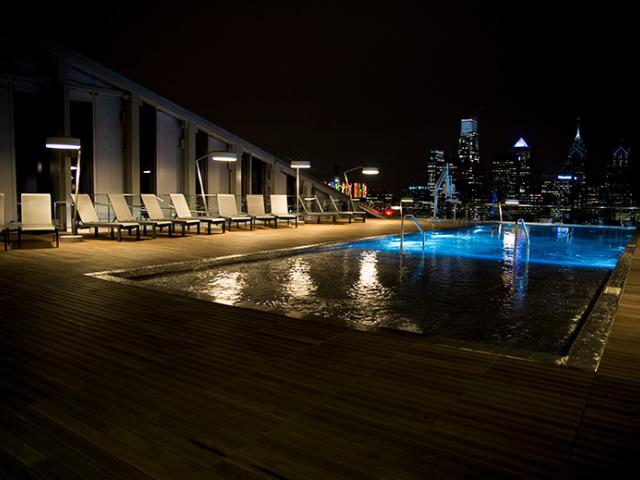 evo Pool and View