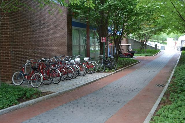 Williams East bike rack